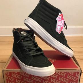Sk8-Hi Reissue Premium Leather Helt nye mørkegrønne sko aldrig brugt inkl. skoæske.
