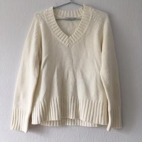En off White/creme hvid strik sweater, i str. XL/42