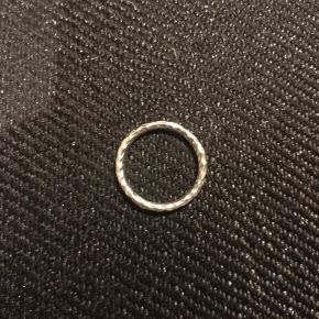 Udgået maanestens ring
