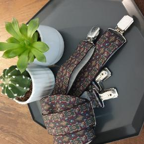 Vintage pants adjustable suspenders with unique pattern and silver details. Never used ⚡⚡⚡ hold ur pants up to fashion
