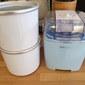 OBH Nordica ismaskine 6616, brugt meget få gange, står som ny. Kapacitet 1,5 l. 2 dobbeltisolerede skåle medfølger. Meget nem at bruge og super god til hurtig, hjemmelavet is i sommervarmen.
