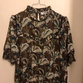 Co'couture bluse, aldrig brugt!