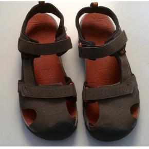 Teva andre sko