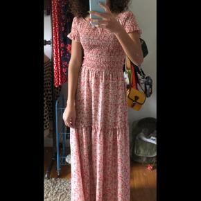 Sommer kjole ses på en Xs købt i RUDE  #30dayssellout