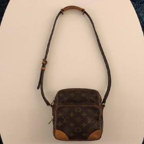 Louis Vuitton Amazon Bag7.5/10 1800,- Intet OG