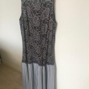 Stasia kjole