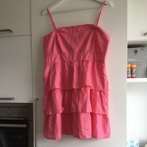 Sød sommerkjole - str. XL med aftagelige stropper 👍😊