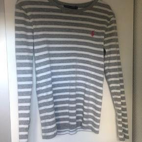 Vildt Nice langærmet trøje fra Ralph lauren, i str. s  #secondchancesummer