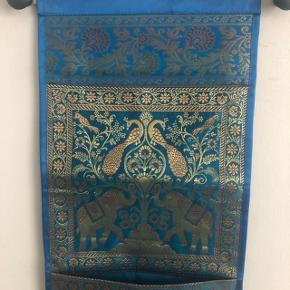 Silke.  Til opbevaring.  27/88 cm