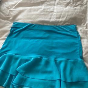 Sælger denne her vildt flotte vintage  blå nederdel💙
