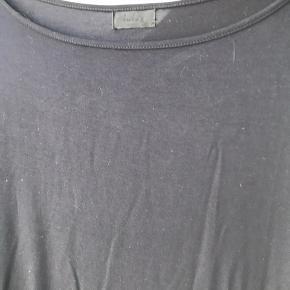 Sort t-shirt kjole fra Lulu's Drawer.  Brugt en gang.