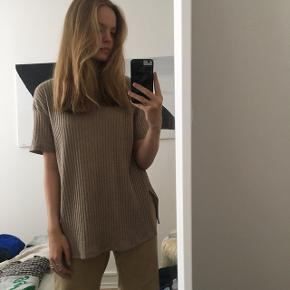 Sej guld t-shirt fra Zara