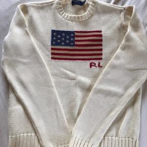 Lækker strik fra Polo Ralph Lauren i off white. Sælges da jeg ikke får den brugt nok.  Prisen er IKKE til forhandling.