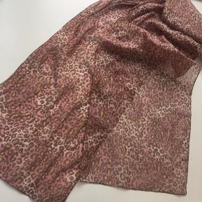 Cute bratz leo tørklæde