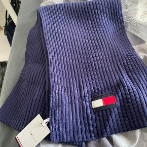 Tommy Hilfiger tørklæde