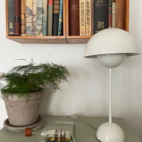 Verner Panton Bordlampe