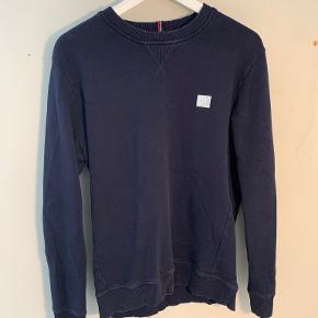 Les Deux sweater