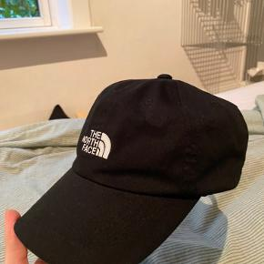 Justerbar the north face cap der er aldrig er blevet brugt