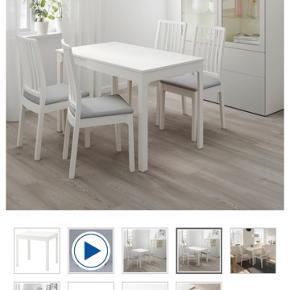 Ikea Ekedalen spisebord til 2 personer.  Inkl. Tillægsplade så man kan sidde 4.   Købt sidste år, brugt meget begrænset, da jeg grundet udenbys praktik ikke har været hjemme.