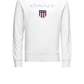 Sælger denne sweatshirt, da jeg dsv ikke får den brugt. Brugt max 10 gange. Sweaterne er i perfekt stand.