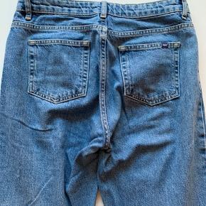 Eve jeans, str. 27