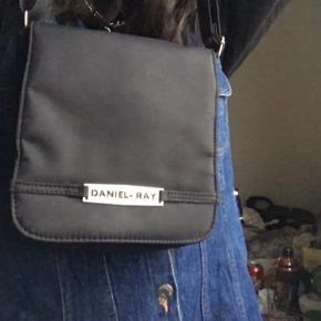 Lækreste taske med masser af rum