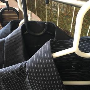 Lækre skjorter i forskellige mærker sælges  Fin stand   Byd