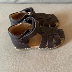 Lækre bløde læder sandaler  Brugt meget lidt