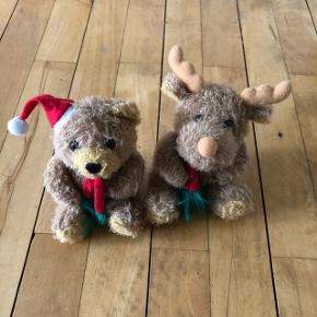 2 små søde julebamser til pynt sælges samlet for 25 kr