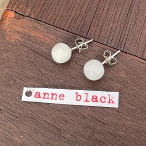 Anne Black ørering