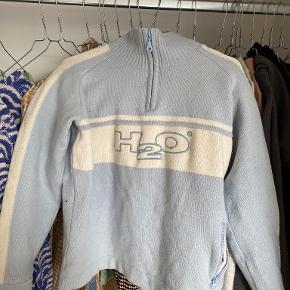 H2O Sweater