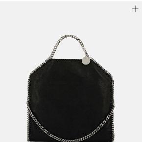 Sælger min stella McCartney taske, da jeg ikke får den brugt. Alt medfølger!