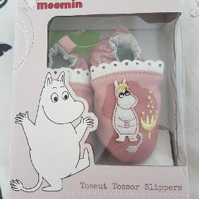 Mumi babyfutter   Str 0-6 måneder   Nye  Moomin mummi
