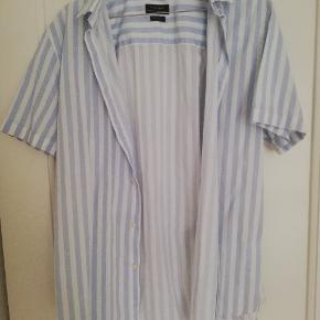 Fed sommerskjorte fra Zara.