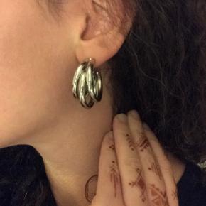 Triple sølv hoops, virkelig smukke øreringe  Nikkelfri metal