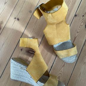 H&M Conscious Exclusive heels