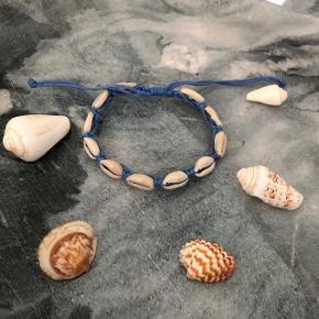 Blå muslinge armbånd ❌ JULETILBUD, 20% PÅ ALLE SMYKKER + GRATIS FRAGT VED KØB FOR OVER 150kr ❌