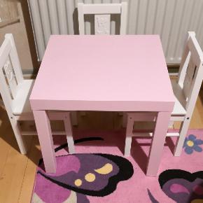 Ikea bord med 3 stole, super stand, kan hentes i Trige eller Aarhus N.
