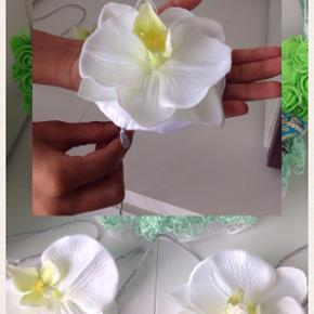 Hanner binde med blomster til din hanner aften  100 kr par st  Bestil bare i god tid