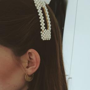 Perle-hårspænde