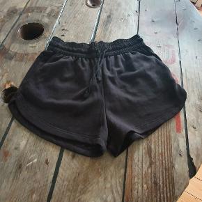 Sweat shorts, aldrig brugt