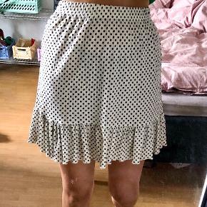 Jacqueline De Yong nederdel