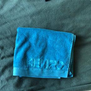 Kenzo håndklæde aldrig brugt [pris til forhandling]