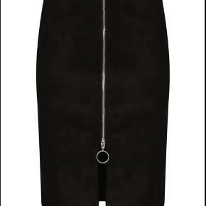 VILA str M 🖤 3% elastane, 97% polyester   #30dayssellout
