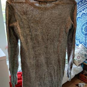 Dejlig sweater med tryk Perfekt til de koldere måneder