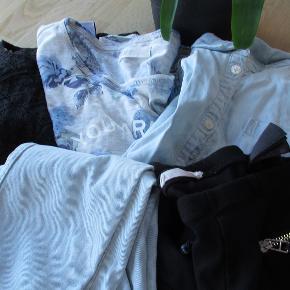 Lille tøjpakke str 9-10 år (de sorte bukser er str 12 år, men små i størrelsen) Pakken består af: 1 skjorte 3 bluser 2 par bukser  Se også mine flere end 100 andre annoncer med bla. dame-herre-børne og fodtøj