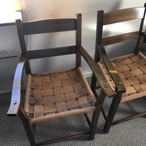 200 kr. Pr. Stk Sælger 2 stk.  Fine håndlavede stole med flet sæde