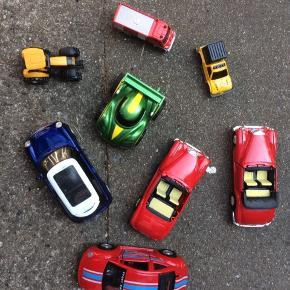 8 biler, samlet 50kr