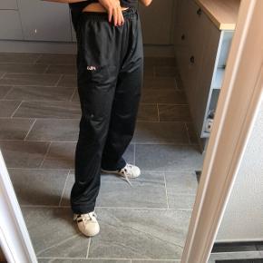 Fede bukser fra FILA. Str. M BYD