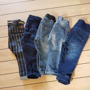 5 par bukser. 4 par fra Name it og 1 par fra H&M
